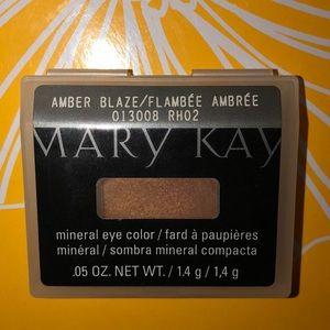 Mary Kay Amber Blaze Mineral Eye Color New